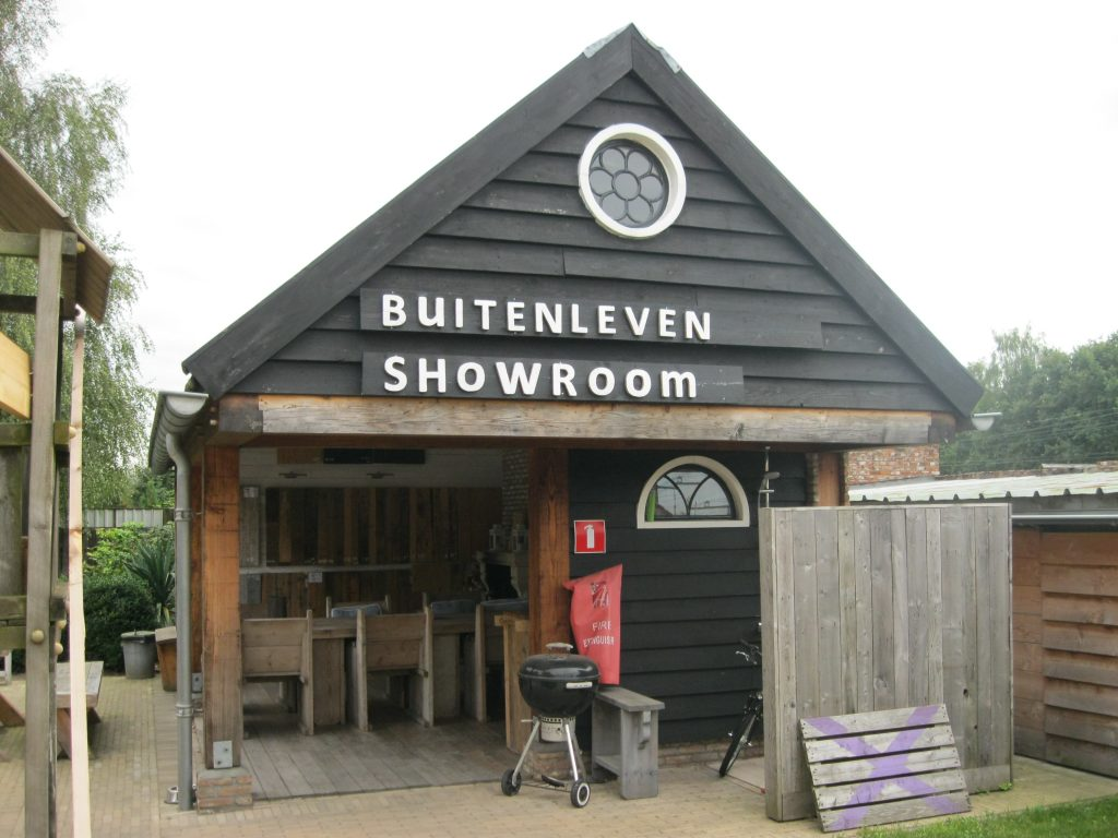 Buitenleven Roosendaal sloophout showroom2